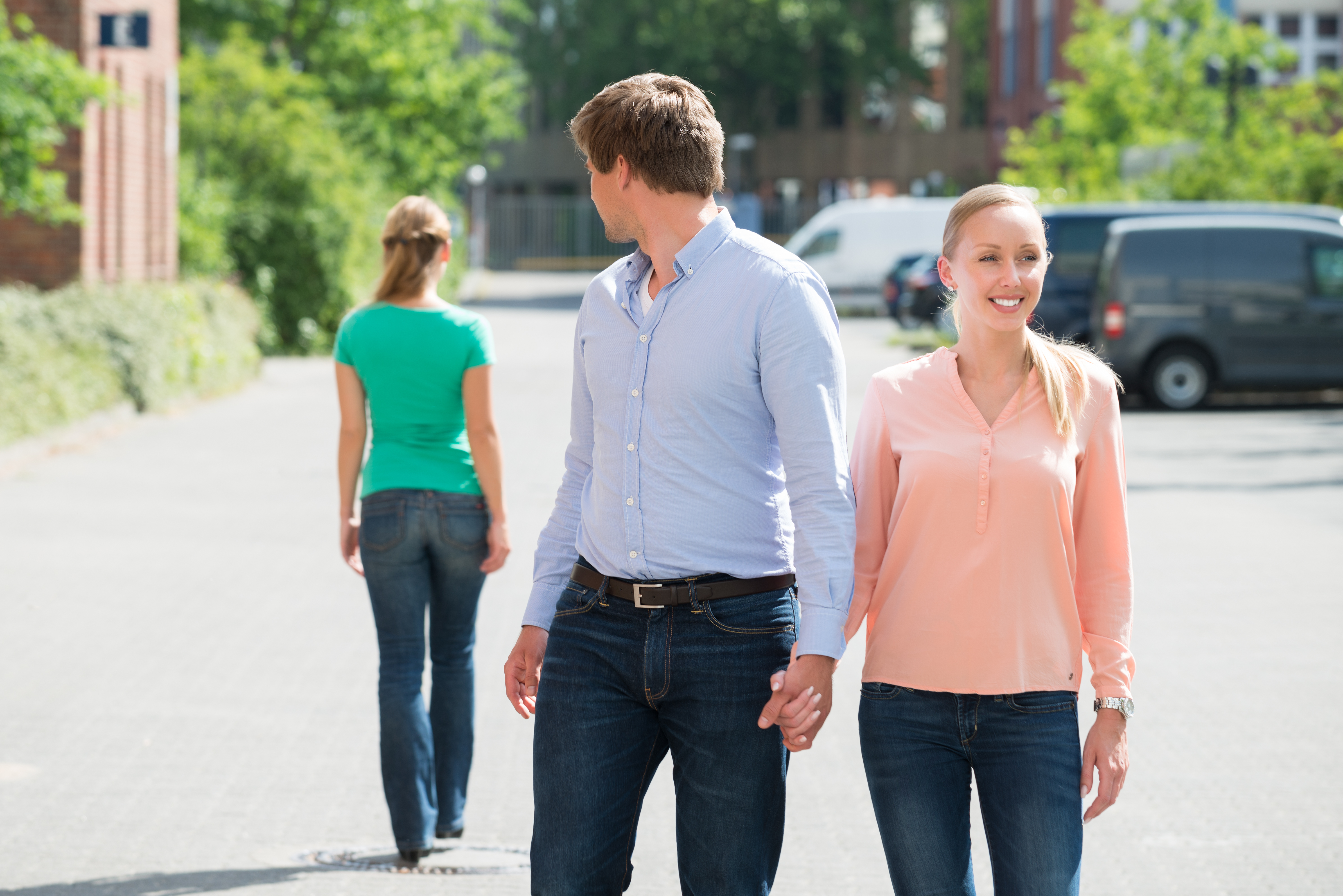 7 Signs He's Cheating | Southern Recon Agency, LLC